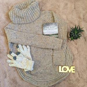 Wool oversized turtleneck sweater